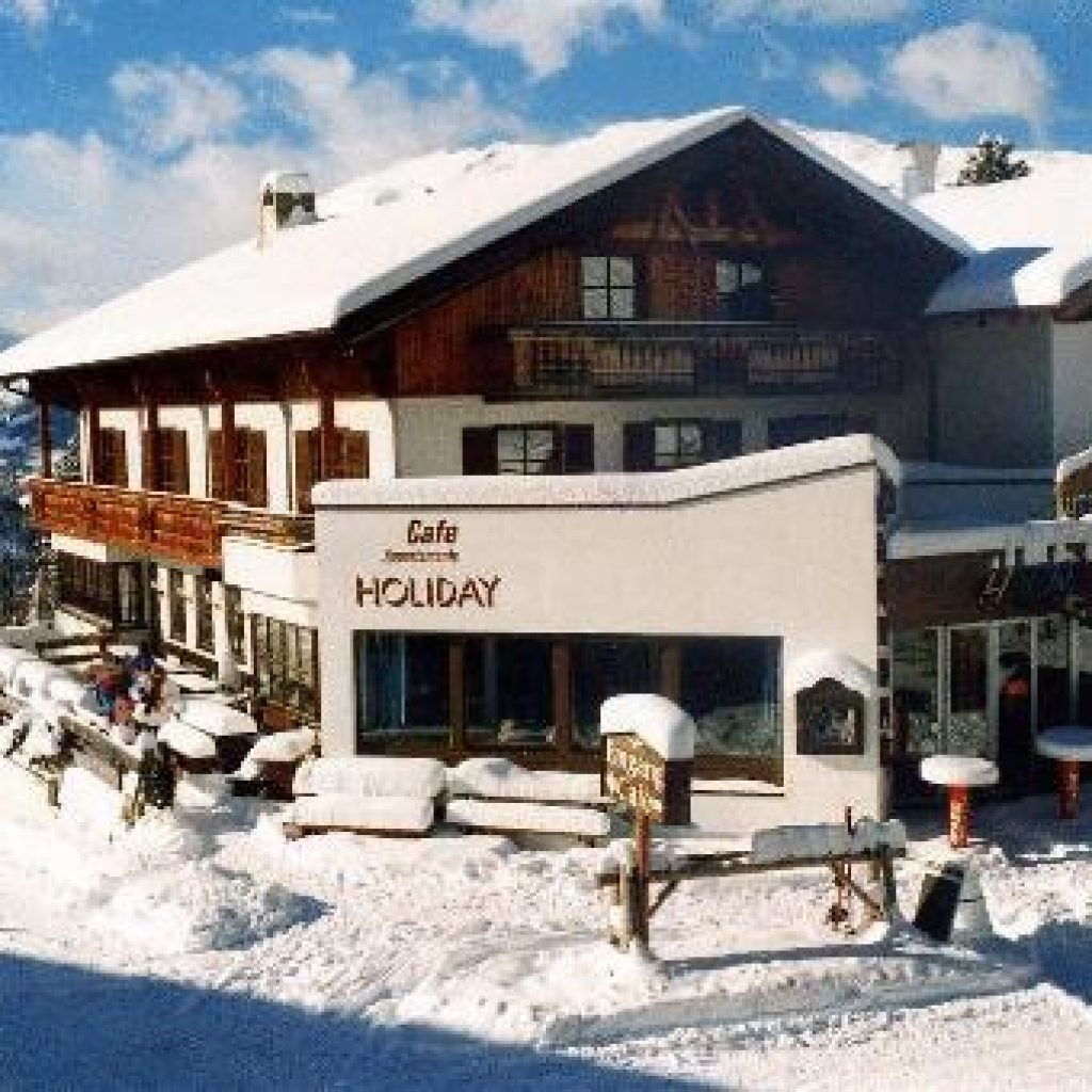 Cafe Holiday Hochzeiger